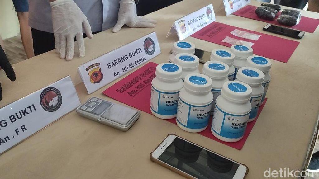 Dua Pengedar 13 Ribu Pil Hexymer di Kawasan Pabrik Cianjur Ditangkap