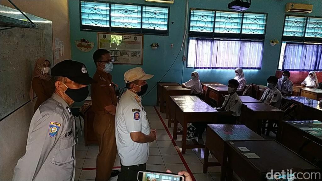 Zona Merah Corona, Satpol PP Jabar Pelototi Prokes di Ciamis