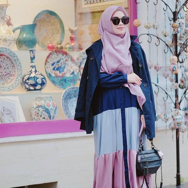 8 Gaya Hijab Putri Aa Gym Ghaida Tsurayya, Syari Serba Pastel