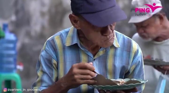 Salut! Warung Nasi Ini Sediakan Menu Rp 1.000 untuk Orang Tak Mampu