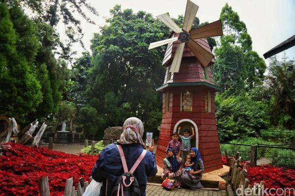 Bagaimana dengan kamu? Adakah di antara traveler yang ingin berwisata ke Bandung pekan depan?