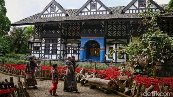 Bandung identik dengan weekend getaway favorit. Farm House Susu Lembang menjadi salah satunya wisata favoritnya.