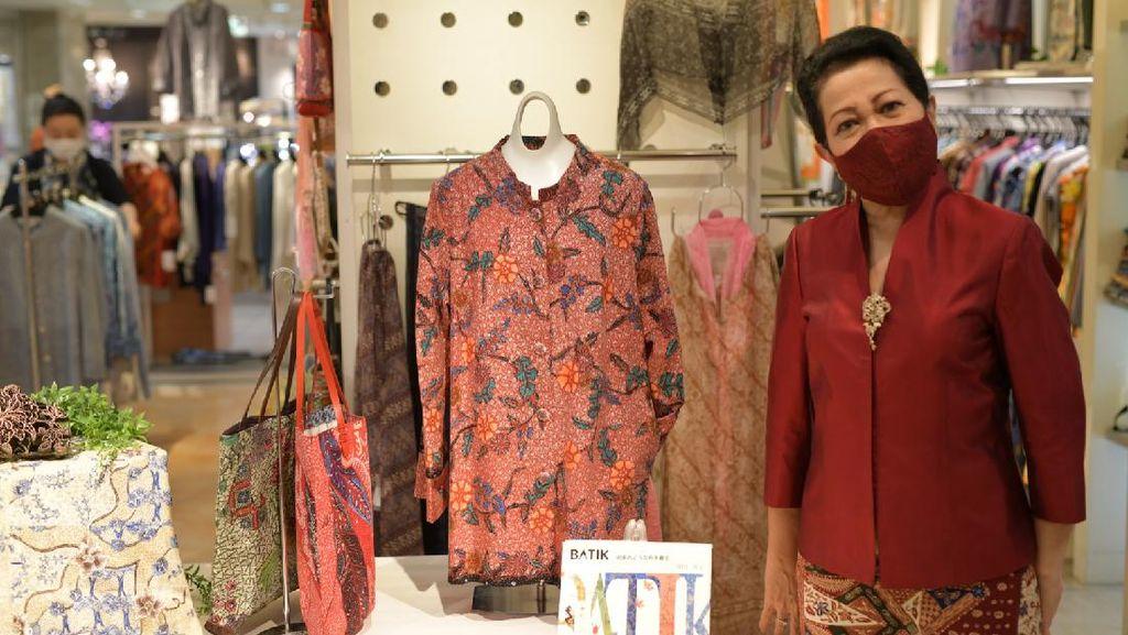 Bangganya Melihat Batik Indonesia Mejeng di Takashimaya Tokyo
