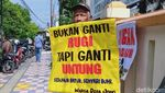 Bawa Pohon Pisang-Sengon, Warga Terimbas Tol Yogya-Solo Geruduk BPN