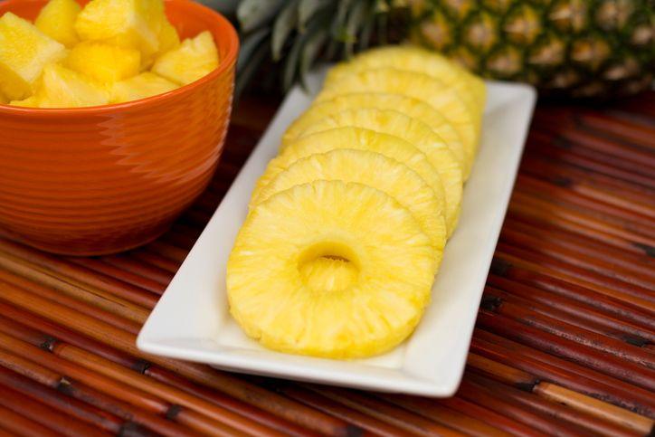 Cara memilih, memotong, dan menyimpan nanas yang benar