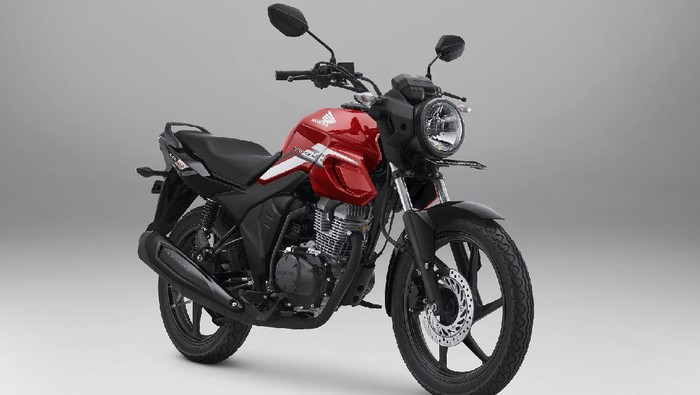 PT Astra Honda Motor memberi penyegaran Honda CB150 Verza dengan striping baru, Selasa (15/6/2021).