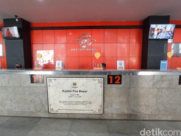 Kantor pos ini menjadi salah satu bangunan cagar budaya Bandung. (Bonauli/detikcom)