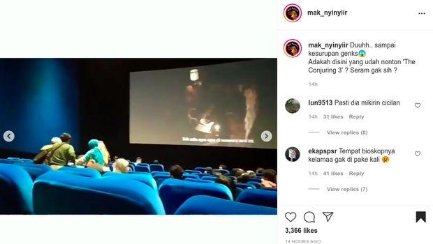 kesurupan di bioskop