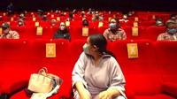 Nggak Biasa! Nagita Slavina Ngidam Nonton, Raffi Ahmad Sewa 1 Studio Bioskop