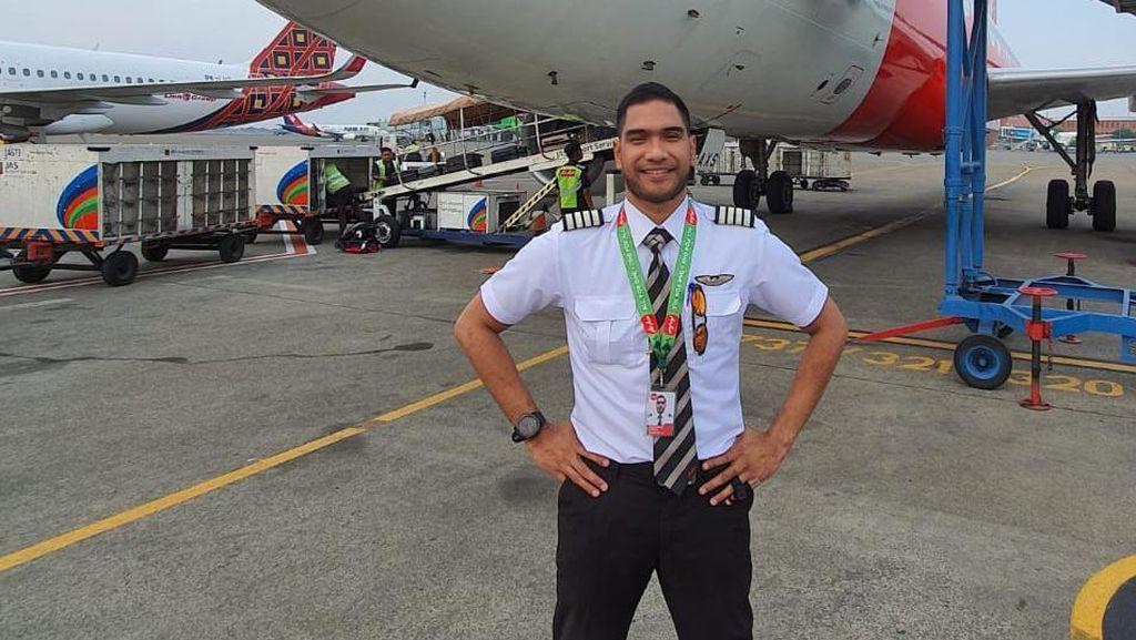 Jarang Terbang, Pilot Ini Jual Sayap Ayam Beromzet Ratusan Juta