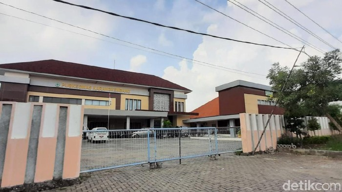 RS Lapangan Karangkembang Lamongan