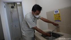 Rusun Nagrak Cilincing disiapkan sebagai antisipasi lonjakan COVID-19 di Jakarta. Ada 2.500 tempat tidur yang bisa digunakan pasien isolasi Corona.
