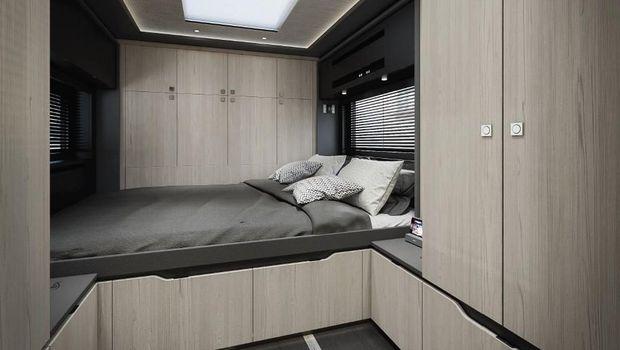 Truk tronton Scania dimodifikasi jadi motorhome alias rumah berjalan