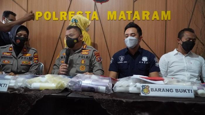 Wanita di Mataram, NTB, terancam hukuman maksimal 15 tahun penjara akibat menjual kosmetik ilegal (dok Istimewa)