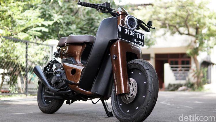 Modifikasi Yamaha Mio Jadi Motor Bebek Street Cub ala Rainbow Moto Builder