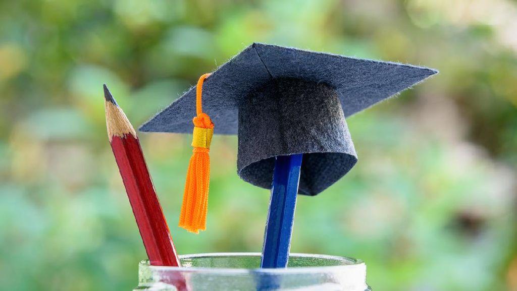 Dear Mahasiswa, Dahuni Foundation Buka Beasiswa buat Kalian Nih!