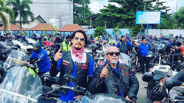 Chef Juna dan Mas Wawul saat touring bersama BB1%MC Indonesia