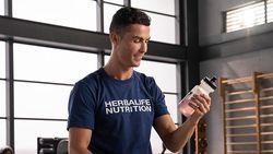Singkirkan Botol Coca-Cola, Cristiano Ronaldo Punya 5 Diet Sehat