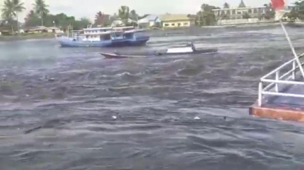 Waspada Potensi Tsunami Usai Maluku Diguncang Gempa