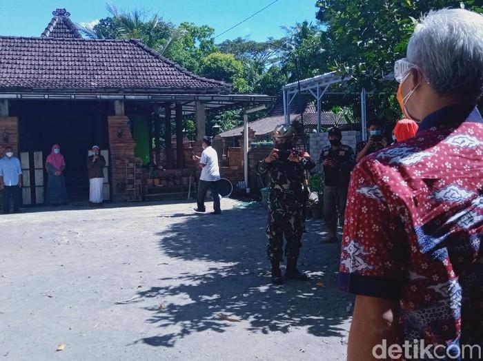 Gubernur Jateng Ganjar Pranowo saat berada di Klaten, Rabu (16/6