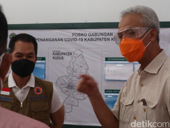 Gubernur Jawa Ganjar Pranowo saat kunker ke Kudus, Minggu (13/6/2021)