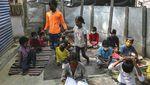 Kala Anak-anak Permukiman Kumuh di India Ikut Kelas Online