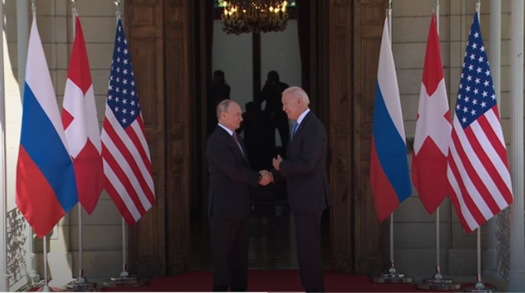 Bertemu Selama 4 Jam, Biden-Putin Bahas Apa?