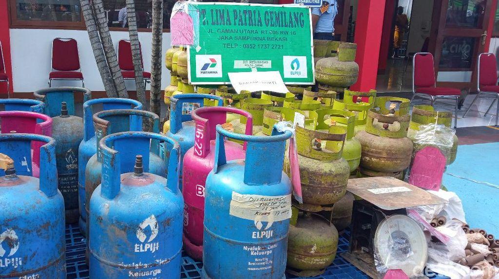Siasat Licik Pria di Bogor Oplos Gas Elpiji 12 Kilogram