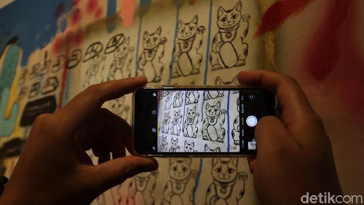 Foto: Pameran Lukisan Bandung Bertema Tumpang Tindih