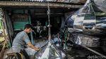 Pembuat Kubah Masjid Bertahan di Masa Pandemi