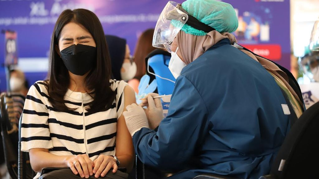Daftar Lokasi Vaksin COVID di Jakarta Barat, Cek di Sini!