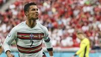 Jari Tengah Fans Hungaria untuk Cristiano Ronaldo