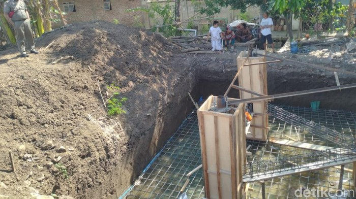 Satpol PP hentikan pembangunan bangunan yang tak ber-IMB