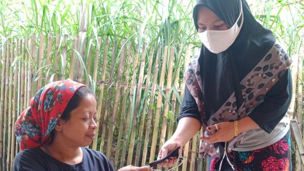 Cerita Tokoh Masyarakat soal Sulitnya Edukasi COVID-19 ke Warga Bangkalan