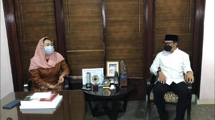 Yenny Wahid bertemu dengan Wali Kota Bogor Bima Arya.