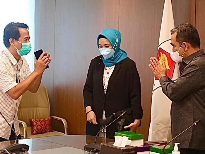 Ahmad Muzani (kanan) bertemu dengan pengurus PB IDI/Dok Gerindra
