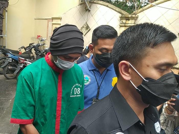 Anji dibawa ke BNN untuk asesmen terkait narkoba, Kamis (17/6/2021).