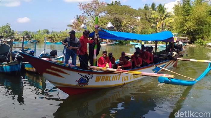Berbagai upaya dilakukan Pemkab Banyuwangi untuk menjaga ekosistem sungai. Salah satunya menggelar Festival Susur Sungai, yang digelar rutin setiap bulan secara bergantian.