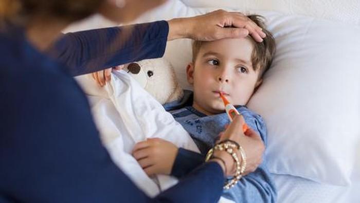 Ilustrasi Anak Sedang Sakit