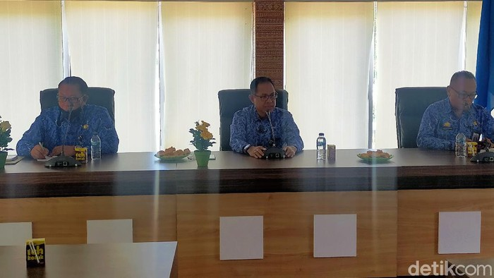 Konferensi pers Disdik Sulsel terkait PPDB (Ibnu Munsir/detikcom).