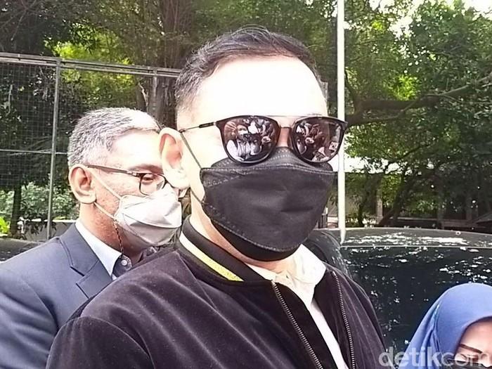 Lucky Alamsyah sambangi Polda Metro