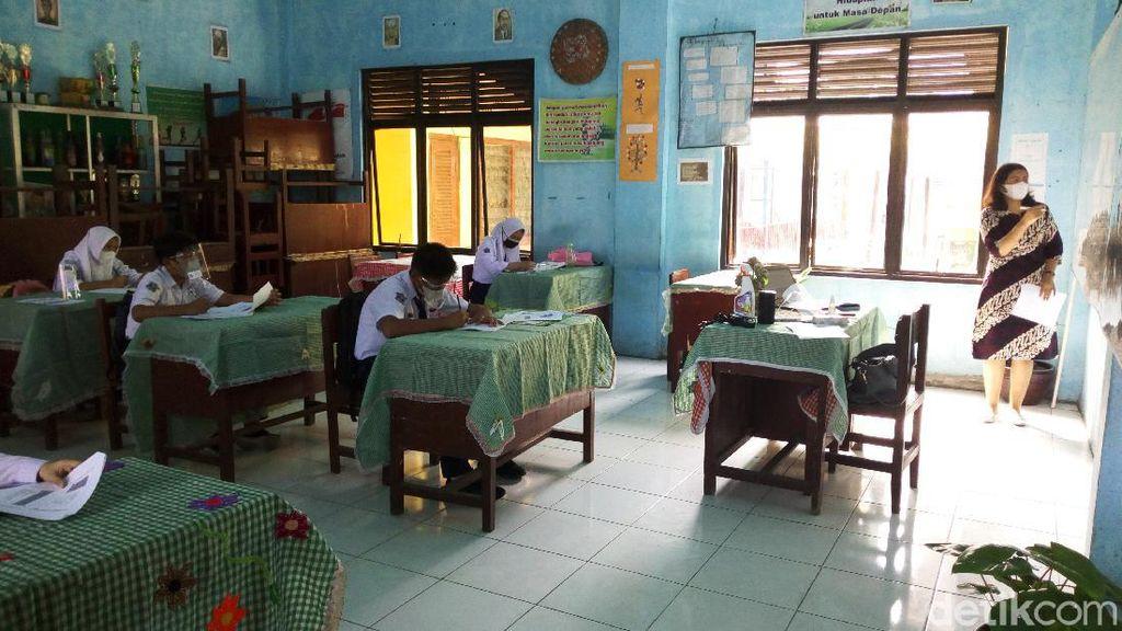 Sekolah Tatap Muka Disimulasi di Medan, Begini Suasananya
