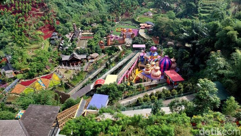 Penutupan objek wisata di kawasan Lembang sejak Rabu (16/6/2021) hingga tujuh hari ke depan nyatanya belum diketahui oleh semua wisatawan.