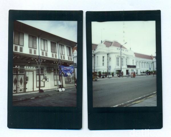 Kota Tua atau dahulu disebut juga Oud Batavia merupakan pusat pemerintahan di era kolonial Belanda. Selain itu, kawasan ini juga menjadi salah satu pusat bisnis di masa silam. Hal itu terlihat dari berdirinya sejumlah bangunan yang dahulu digunakan sebagai tempat usaha. Salah satunya adalah Gedung De Javasche Bank yang didirikan pada tahun 1828 dan kini difungsikan menjadi Museum Bank Indonesia.