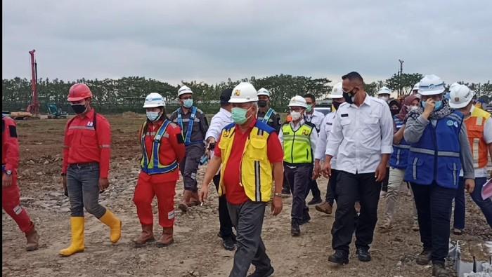 Menteri PUPR Basuki Hadimuljono cek proyek tol Cisumdawu