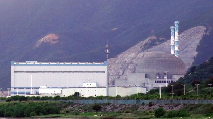 PLTN Taishan China dilaporkan mengalami kerusakan. Meski mengakui adanya kerusakan di tangki penyimpan uranium, China membantah adanya kebocoran radio aktif.