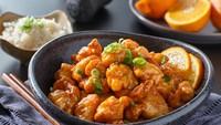 Resep Ayam Goreng Saus Jeruk ala Restoran yang Renyah Segar