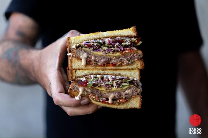 Gurihnya Sando, Sandwich Jepang Isi Cheeseburger dan Katsu Sambal