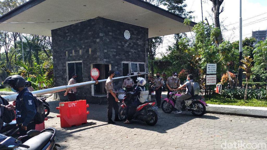 UNS Lockdown Usai 3 Dosen Meninggal, Banyak Pengunjung Kecele
