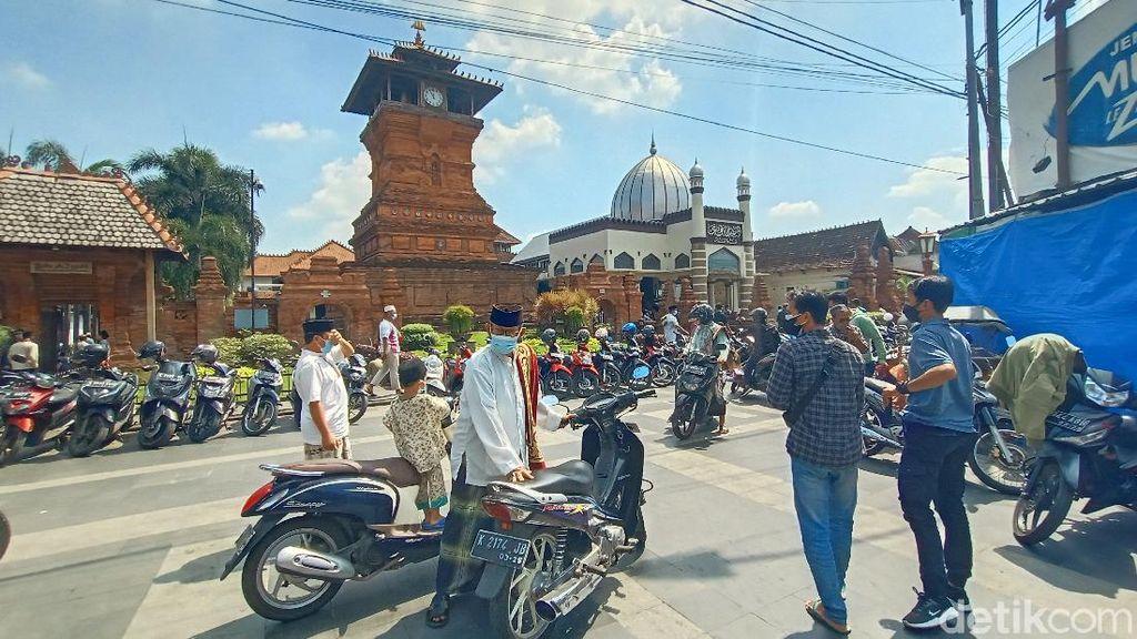 Masih Ada Masjid di Kudus Gelar Jumatan Saat Zona Merah Corona